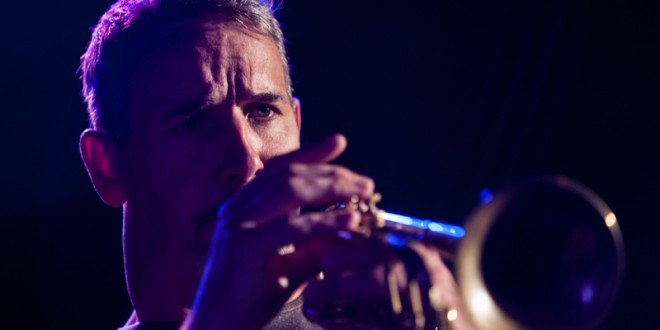 Gig review: Scott Tinkler with Jazzgroove Mothership Orchestra